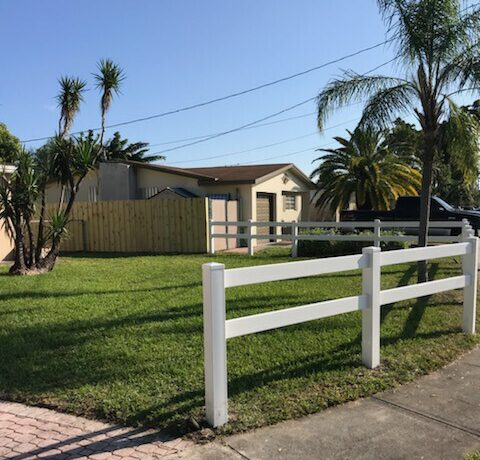 Best Fence Company in Ballast Point, FL